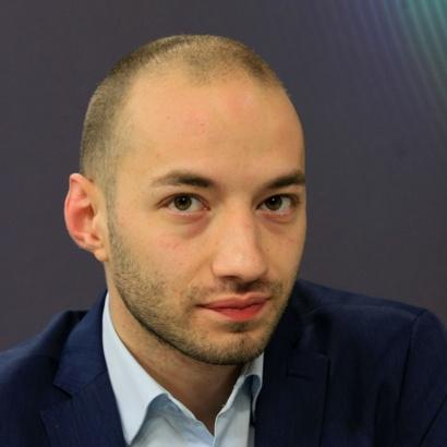 """Димитър Ганев с интервю пред """"24 часа"""" по повод книгата му """"Пътят към конституцията"""""""