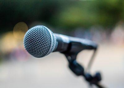 Нагласи на българите по теми свързани с медиите